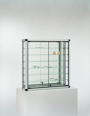 vitrine glasvitrine eckvitrine tischvitrine sammlervitrine drehvitrine h ngevitrine wandvitrine. Black Bedroom Furniture Sets. Home Design Ideas